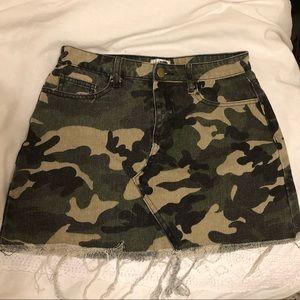 Tiger Mist distressed camo skirt
